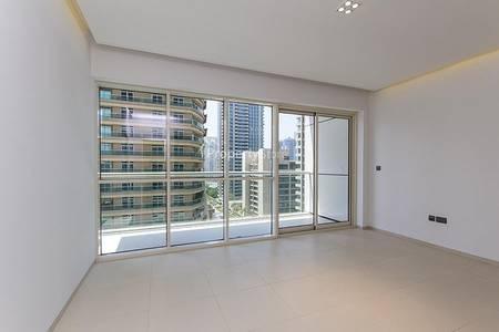 1 Bedroom Apartment for Rent in Dubai Marina, Dubai - One Bed On Mid Floor
