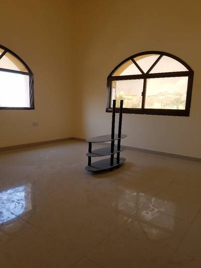3 Bedroom Apartment for Rent in Khalifa City A, Abu Dhabi - Three rooms and lounge for rent in Khalifa City (A) first floor. Close to the services.