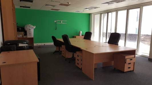 Office for Rent in Al Barsha, Dubai - READY TO MOVE IN OFFICE | 1162SQFT 1 MIN WALK TO EMIRATES MALL