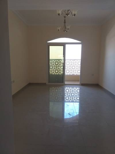 1 Bedroom Apartment for Rent in Muwailih Commercial, Sharjah - Wow. . Brand new 1bhk with balcony, wardrobes, covered parking rent 30k in 4cheque