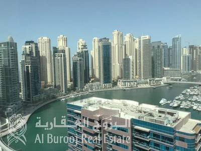 3 Bedroom Apartment for Rent in Dubai Marina, Dubai - Bright Unit with Full Marina View at The Waves Tower