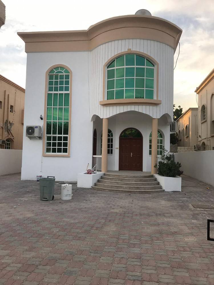 Villa for rent in Ajman Electricity citizen with air conditioners
