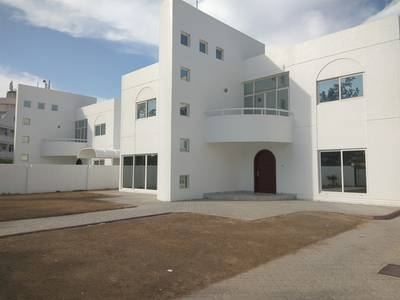 4 Bedroom Villa for Rent in Al Garhoud, Dubai - FREE 1 MONTH LUXURY VILLA 4BR 175K AL GARHOUD DUBAI