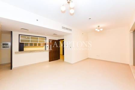 2 Bedroom Apartment for Rent in Downtown Dubai, Dubai - Pool View 2BR Mid Floor | Managed