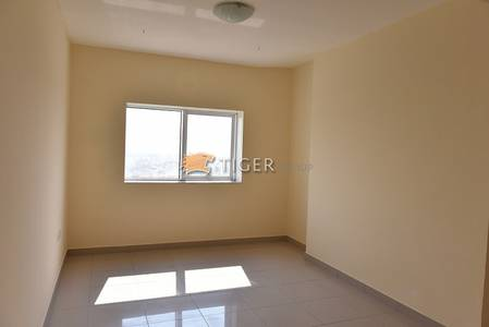 Studio for Rent in Al Nahda, Sharjah - Spacious Studio Flat for Rent in Al Nahda Sharjah near Dubai bus stop (RTA Metro