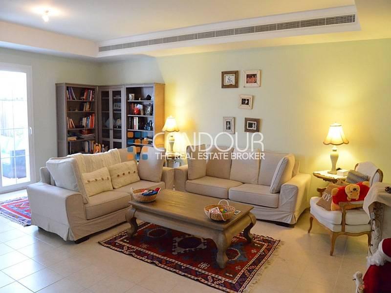 2 Spacious Three Bedroom |Huge living Area