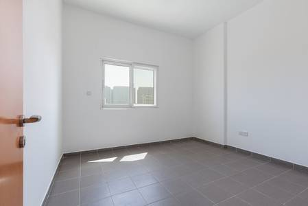 2 Bedroom Apartment for Rent in Dubai Residence Complex, Dubai - Chiller Free Spacious 2 BR apartment