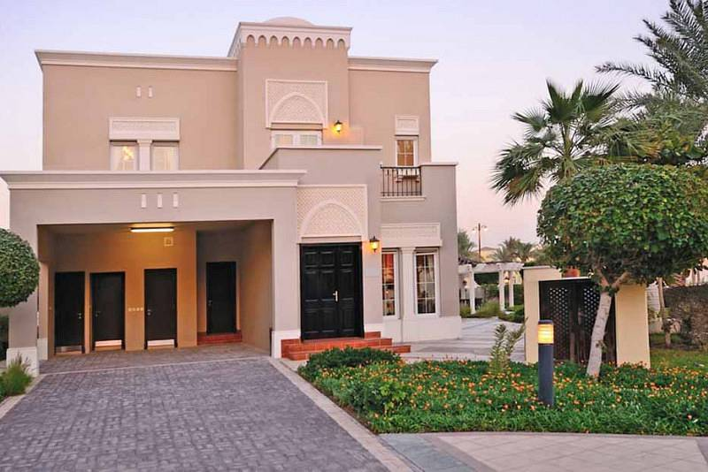 Amazing 4 Br villa with 4 Years free service charge and 4 years Installment