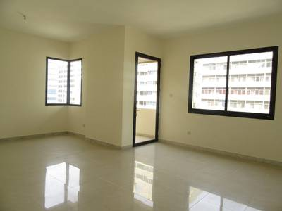 2 Bedroom Apartment for Rent in Tourist Club Area (TCA), Abu Dhabi - Huge 2 BR with Maids room and Balcony