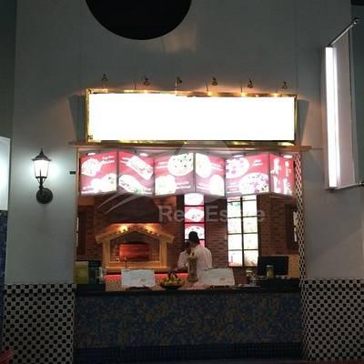 Shop for Rent in Deira, Dubai - Running Italian Restaurant In Deira Mall