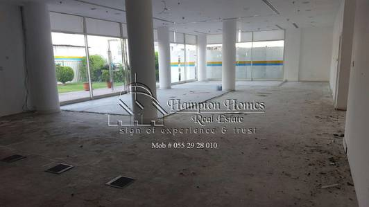 Shop for Rent in Al Barsha, Dubai - IDEAL LOCATION FOR SHOP 1750SQFT @ 289K BEHIND EMIRATES MALL