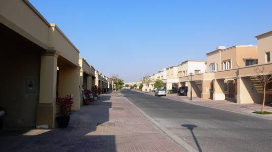 2 Bedroom Villa for Rent in The Springs, Dubai - Two Bedroom Plus Study Villa For rent in The Springs