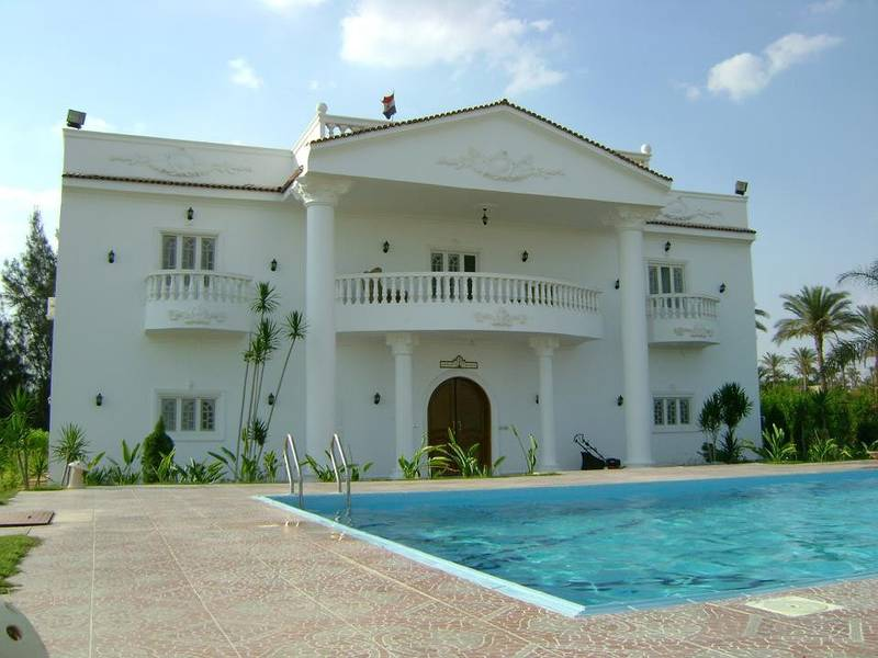 fully furnished Villa with 3 years installment