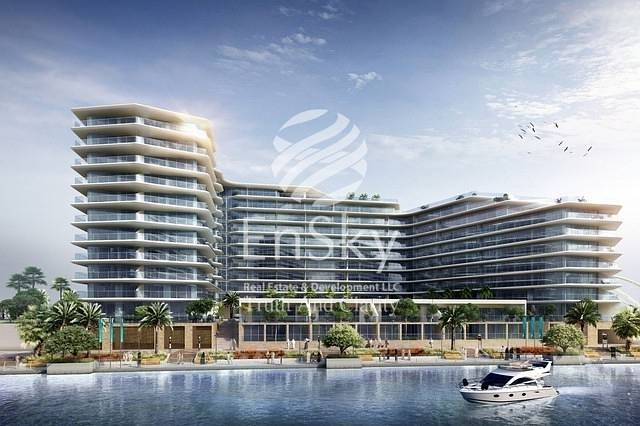 1 BR with Partial Canal and Sea View for Investment