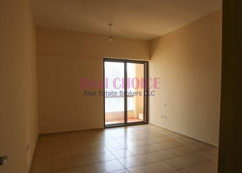 11 Spacious 4BR Vacant Apartment   Sadaf 8