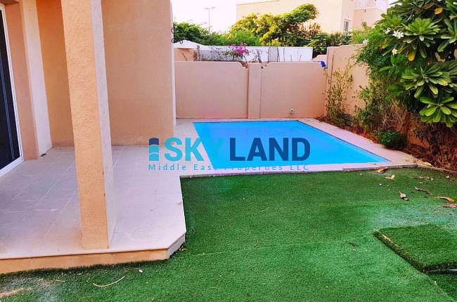 vacant soon 5br w private pool 137k only