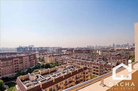1 Bedroom Flat for Rent in Motor City, Dubai - HIGH FLOOR ONE BED WITH STUNNING VIEWS