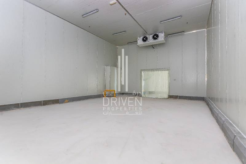 Cold storage in DIP ready to move in