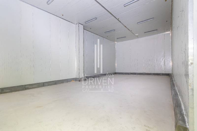 2 Cold storage in DIP ready to move in