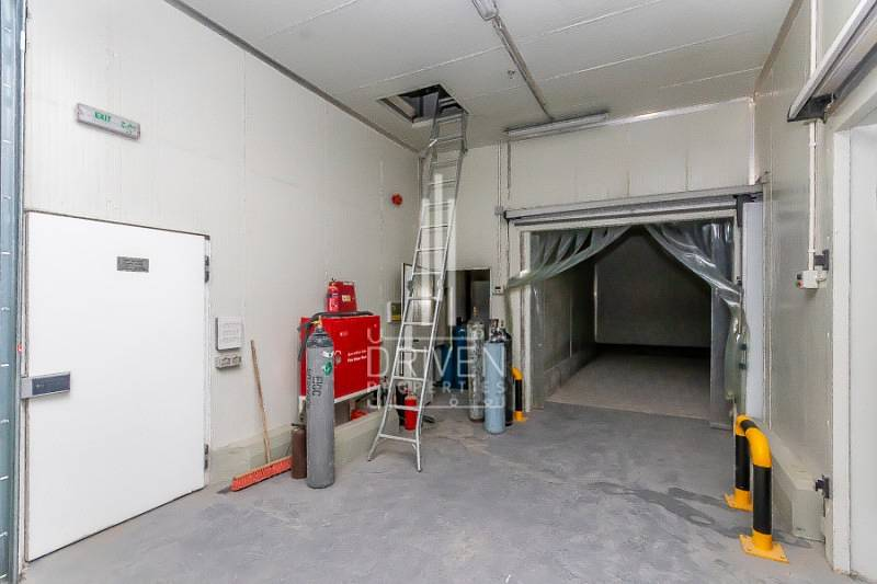 13 Cold storage in DIP ready to move in