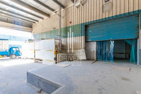 Warehouse for Sale in Dubai Investment Park (DIP), Dubai - Cold storage in DIP ready to move in