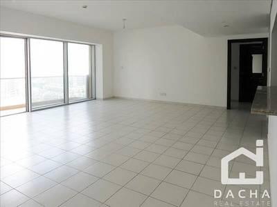 3 Bedroom Apartment for Rent in Dubai Marina, Dubai - Spacious Marina Tower BRIGHT CLEAN UNIT