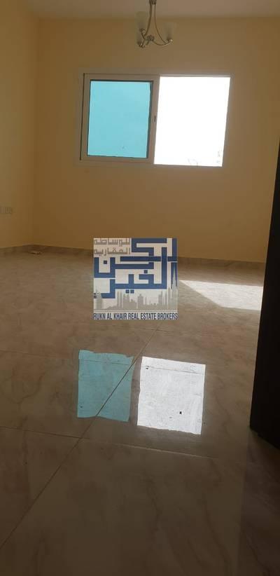 فلیٹ  للايجار في التعاون ، الشارقة - شقه ثلاث غرف وصاله اول ساكن بالتعاون 49000
