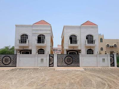 5 Bedroom Villa for Sale in Al Rawda, Ajman - For sale in front of the Academy of Ajman at a very suitable price free ownership of all nationaliti