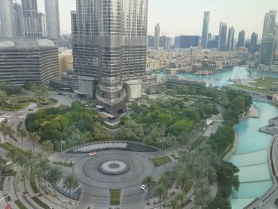 فلیٹ  للايجار في دبي وسط المدينة، دبي - كامل برج خليفة I نافورة المشاهدات 3 سرير بالإضافة إلى خادمة للإيجار