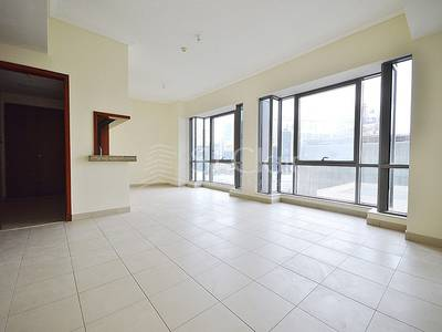 1 Bedroom Flat for Rent in Downtown Dubai, Dubai - Large 1 bed | Unfurnished | Chiller Free