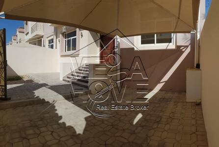 4 Bedroom Villa for Rent in Khalifa City A, Abu Dhabi - 4 MASTER BED VILLA W/ PRIVATE ENTRANCE AND BACK YARD