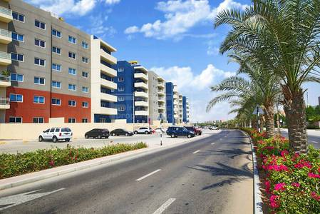 Studio for Rent in Al Reef, Abu Dhabi - Vacant Unit Pay rent in 3 cheques.HURRY!
