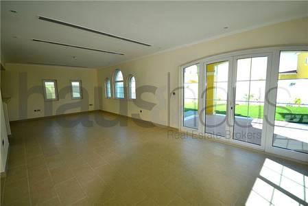 3 Bedroom Villa for Rent in Jumeirah Park, Dubai - Legacy Style Villa |Large Plot| February