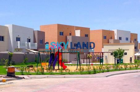 3 Bedroom Villa for Sale in Al Reef, Abu Dhabi - prime location ! 3beds w/ private garden