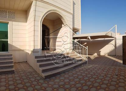 5 Bedroom Villa for Rent in Mohammed Bin Zayed City, Abu Dhabi - Private Entrance 5 Master Bed with Kitchen outside