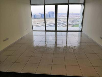 1 Bedroom Flat for Rent in Business Bay, Dubai - 1 BR - Lake View - Windsor Manor