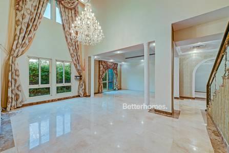 3 Bedroom Villa for Rent in Jumeirah Islands, Dubai - Stunning Full Lake view ! Costa del Sol
