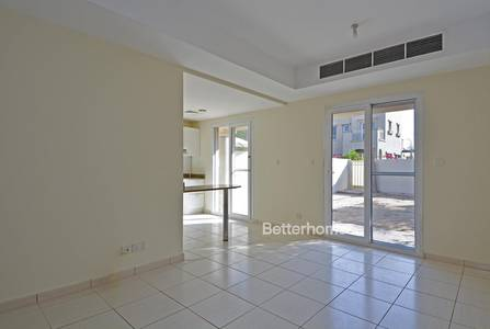 2 Bedroom Villa for Rent in The Springs, Dubai - Opposite Pool & Park | Well maintained |