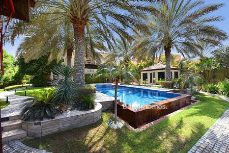 5 Bedroom Villa for Sale in Arabian Ranches, Dubai - Stunning | Fully Upgraded | Full Golf Course View