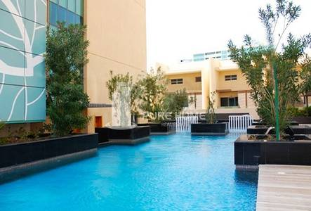 3 Bedroom Flat for Sale in Al Raha Beach, Abu Dhabi - Great Price For A Great 3 Bedrooms Apartment With Beautiful Views