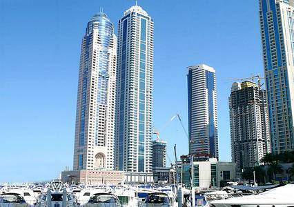 3 Bedroom Apartment for Rent in Dubai Marina, Dubai - Spacious 3 Bedroom Apartment With Sea View and Maids Room For Rent in Dubai Marina