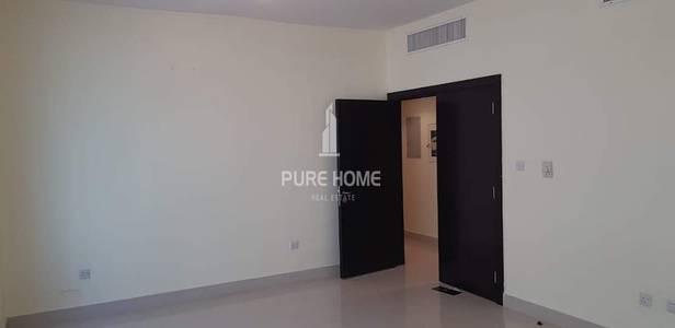 2 Bedroom Flat for Rent in Al Najda Street, Abu Dhabi - Large 2 Bedroom In Al Najda Street