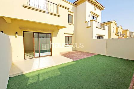 3 Bedroom Villa for Rent in Reem, Dubai - Type 3M | Landscaped | Call Emma Now