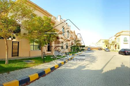 5 Bedroom Villa for Rent in Khalifa City A, Abu Dhabi - Stylish! 5 Master Bed Villa Perfect for Family Villa in Compound