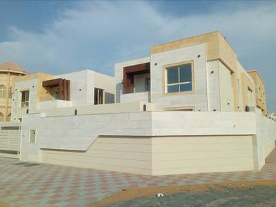 5 Bedroom Villa for Sale in Al Mowaihat, Ajman - Wonderful new villa with super deluxe finishing and very good price for all nationalities