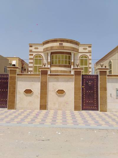 5 Bedroom Villa for Sale in Al Rawda, Ajman - Free ownership of all nationalities with bank financing
