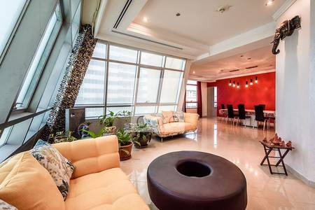 4 Bedroom Apartment for Sale in Dubai Marina, Dubai - Luxurious spacious Penthouse IMarina Crown