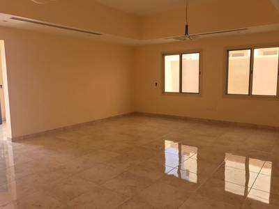 4 Bedroom Villa for Rent in Barashi, Sharjah - 4-bedroom villa for rent in Al barashi sharjah (Mazhar)