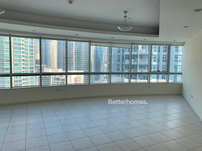 4 Bedroom Flat for Rent in Dubai Marina, Dubai - Beautiful 4 Bed + Maid's Apartment Facing Marina