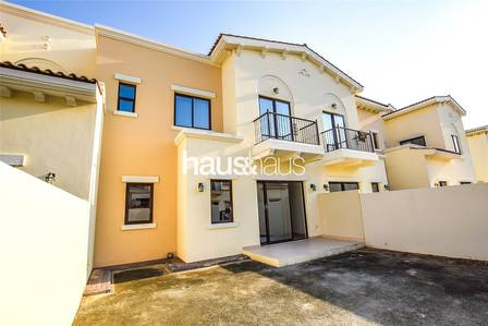 3 Bedroom Villa for Rent in Reem, Dubai - Vacant | Type 3M |  Maids | Back to back